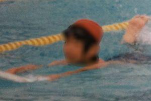 泳げない人